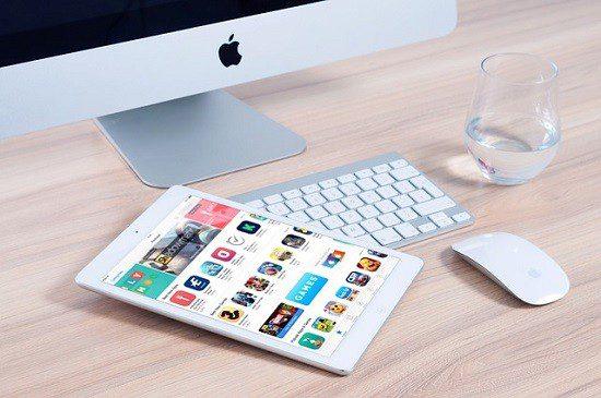 Apple e Deloitte firmam parceria para impulsionar negócios