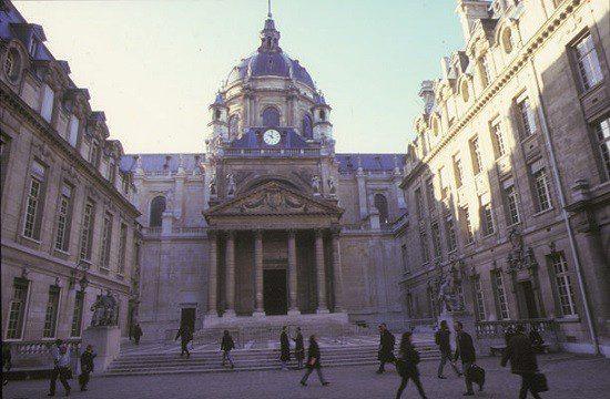 Sorbonne oferece curso de inovação e liderança para brasileiros
