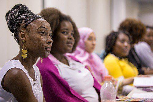 Mulheres refugiadas têm coaching gratuito a distância