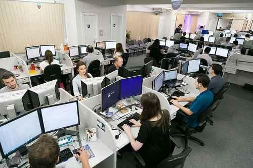 Empresa desenvolve programa para facilitar a integração de profissionais com deficiência
