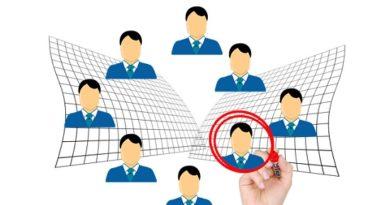 Quanto custa procurar um novo emprego?