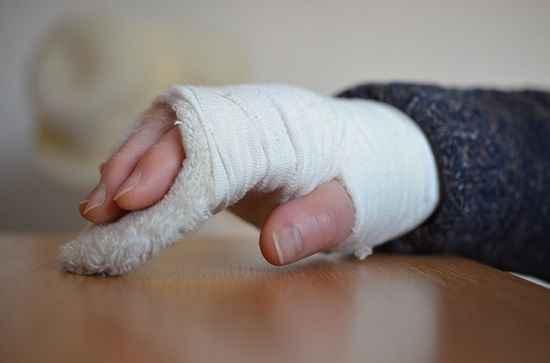 Photo of Fraturas nas mãos e punhos lideram o ranking de acidentes no trabalho
