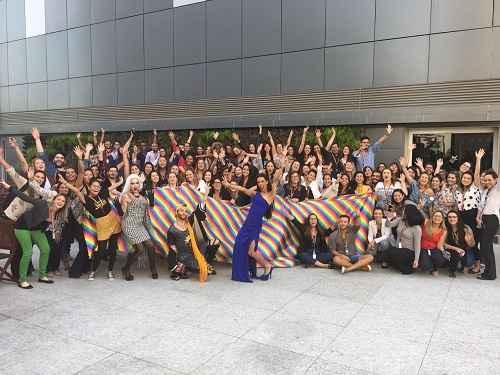 L'Oréal Brasil adere aos 10 compromissos do Fórum de Empresas e Direitos LGBT+