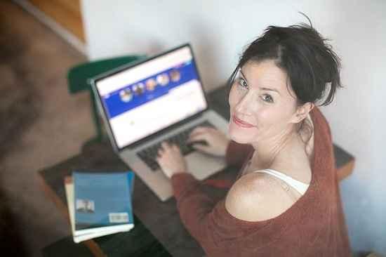 Universidade digital com cursos gratuitos para o RH