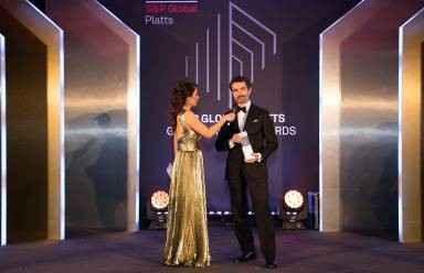 Presidente mundial da NLMK ganha prêmio de CEO do ano