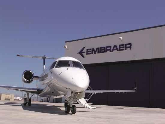 Embraer está entre as melhores empresas para trabalhar no Brasil