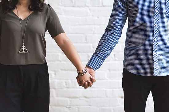 Photo of Por que estamos vivendo relacionamentos descartáveis?