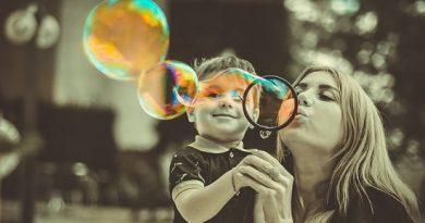 ADP é nomeada uma das 100 melhores empresas para mulheres que têm filhos