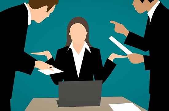 50% das pessoas já trocaram de emprego por causa do chefe