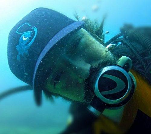 De instrutor de mergulho para uma startup de tecnologia para RH