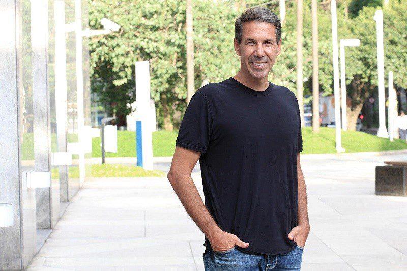 Adriano Lima é o novo executivo de Pessoas da Neon