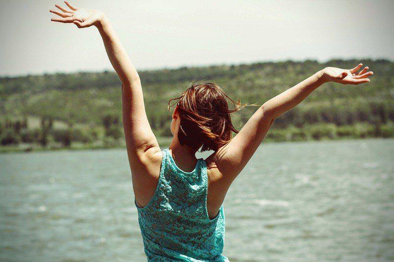 Praticar a felicidade te deixa mais feliz