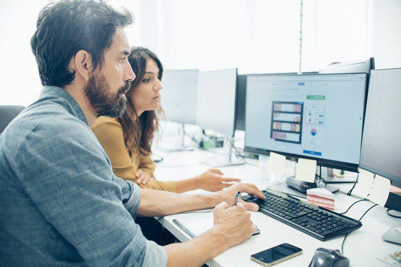 Empresas têm várias opções para contratar terceiros