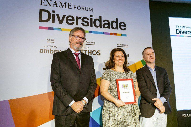 Accenture conquista prêmio no Guia Exame de Diversidade 2019
