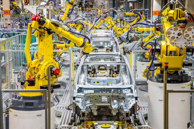 Volkswagen retoma 2° turno no Paraná e contrata 60 pessoas para acelerar a produção do T-Cross