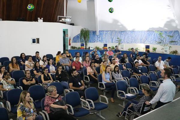 RH da Teuto e Apae promovem inclusão social de pessoas com deficiência