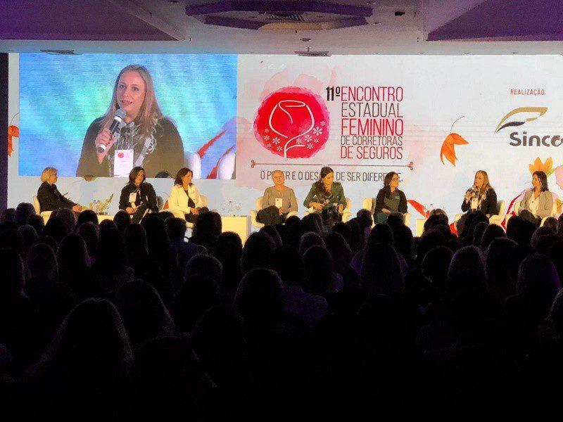 Os desafios para as mulheres no mercado de seguro