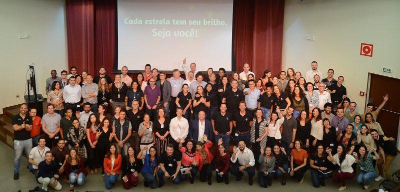 Mercedes-Benz realiza mês da Diversidade em suas fábricas