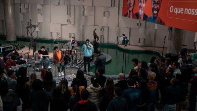 Photo of Itaú surpreende seus colaboradores de SP com show da cantora Mahmundi