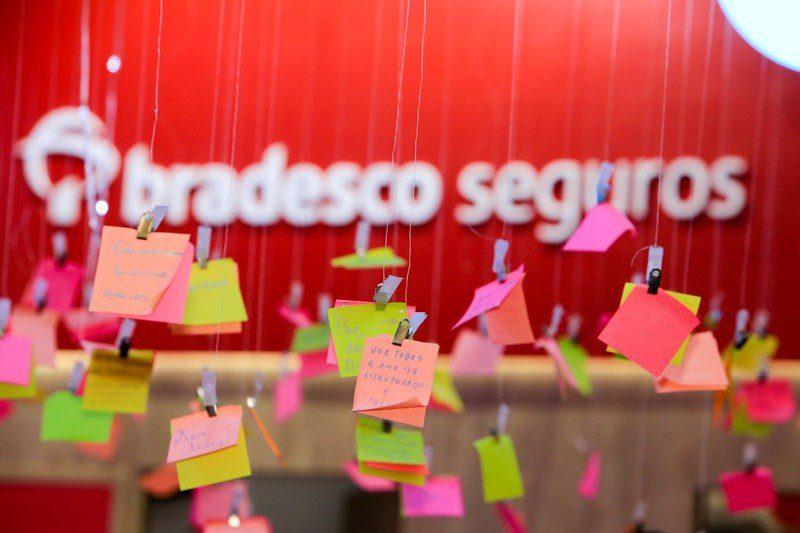 Grupo Bradesco Seguros cria a Árvore dos Desejos para incentivar as pessoas a acreditarem em seus sonhos