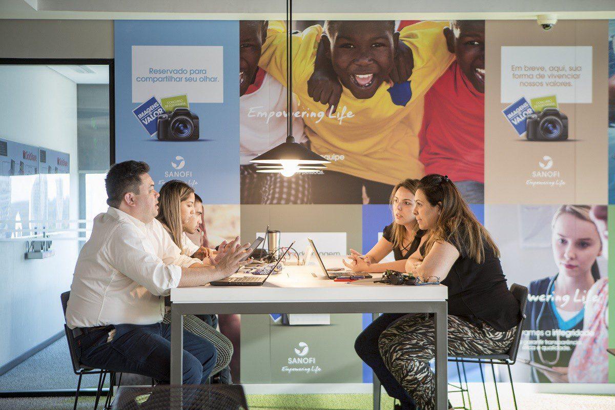 RH da Sanofi cria rede de aprendizagem colaborativa entre os colaboradores