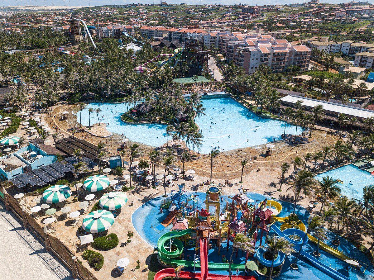 Beach Park abre cerca de 300 vagas de trabalho para alta estação
