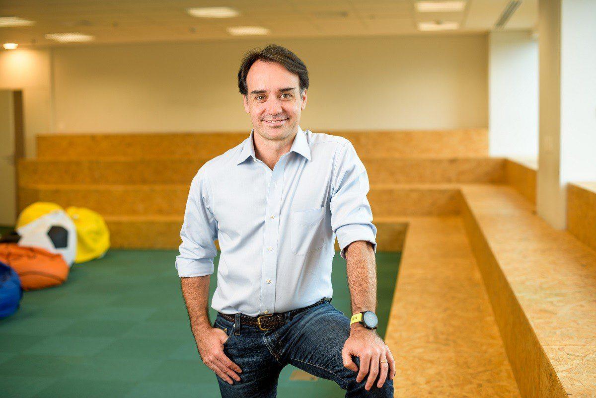 CEO da Creditas destaca a importância das fintechs durante o Fórum de Investimentos