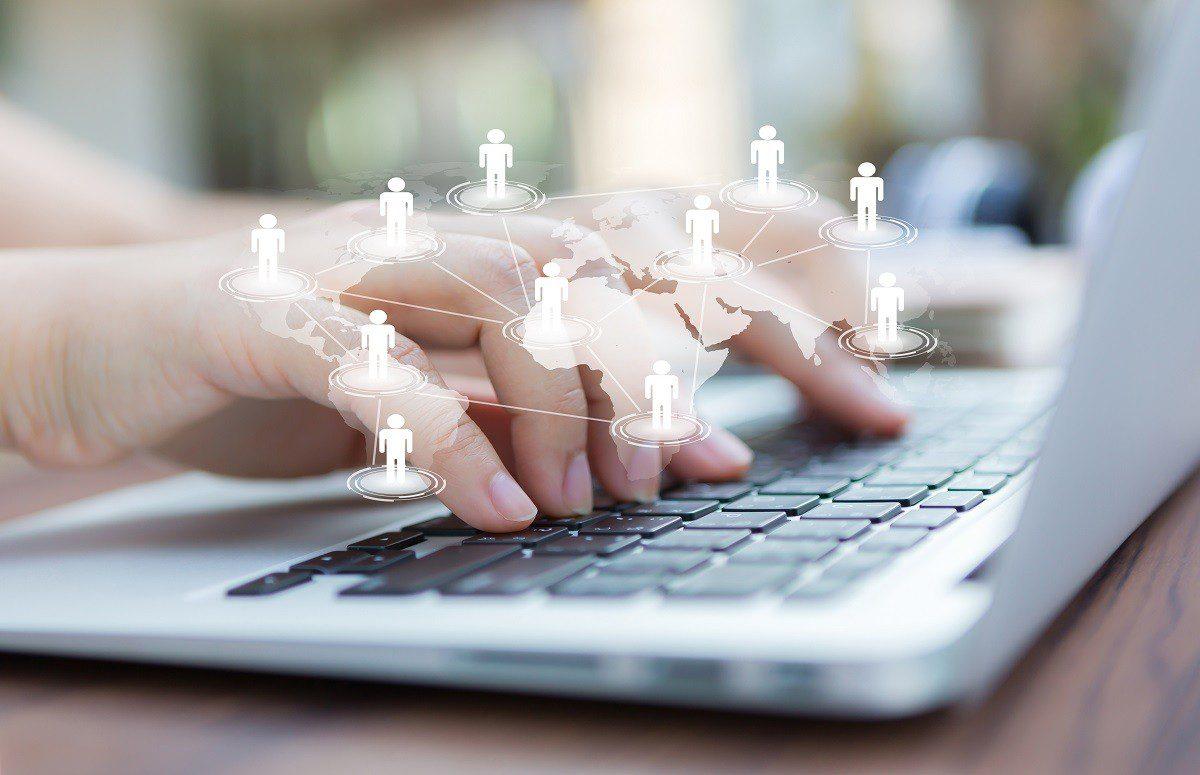 Redes sociais profissionais: além de emprego, a vitrine para o seu negócio