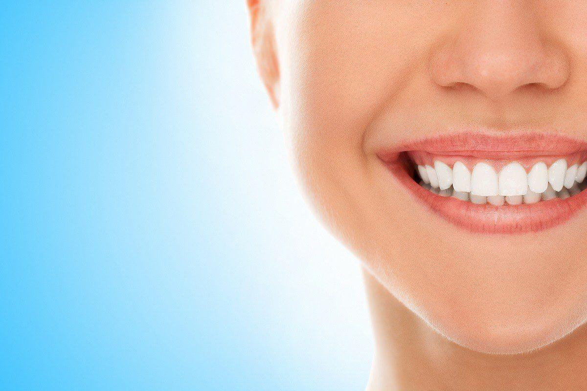 Promessa de Ano Novo: melhorar a higiene bucal
