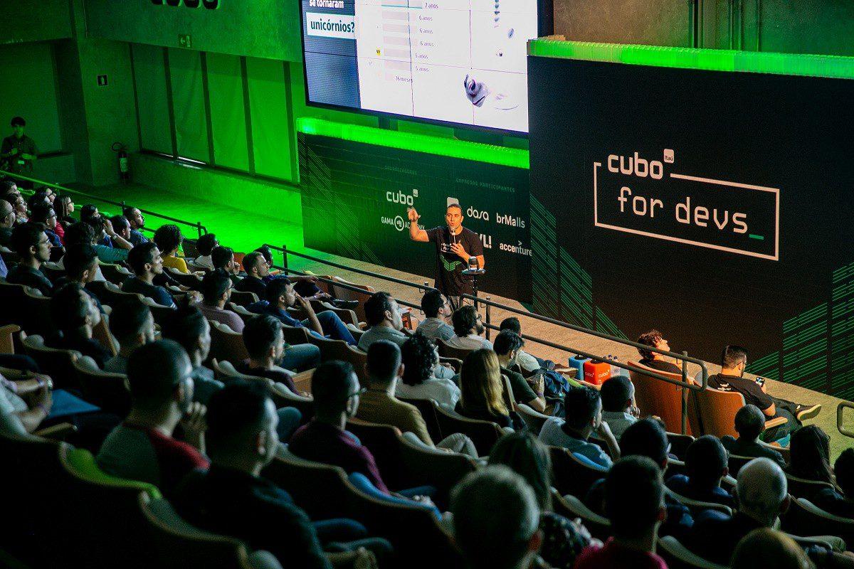 Cubo Itaú promove contratação de mais de 100 desenvolvedores